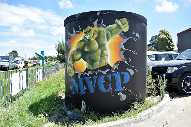 Painted water tank in Moss Vale by StandOutWalls depicting The Hulk.