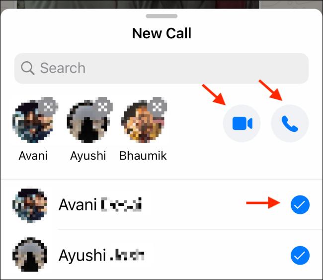 اضغط على أيقونة الفيديو أو الهاتف في دردشة مجموعة WhatsApp.
