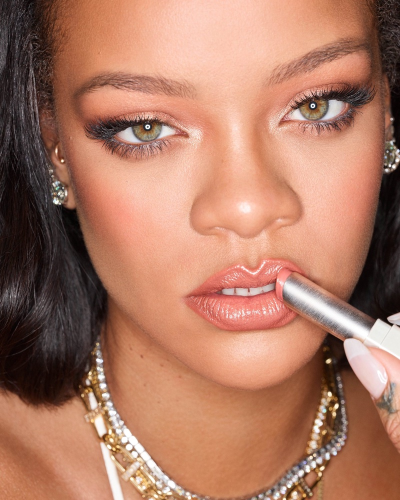 Rihanna Wows in Fenty Beauty 'Slip Shine' Lipstick