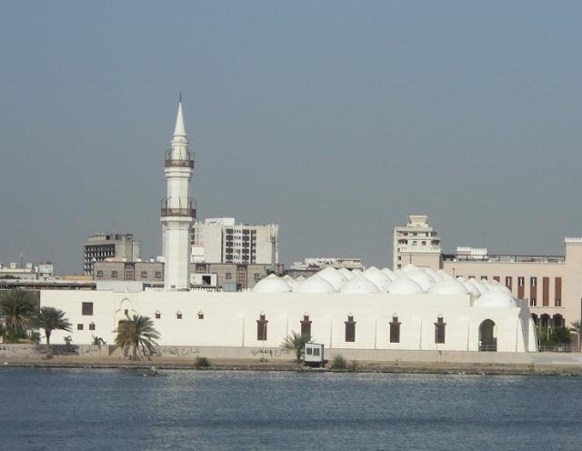 http://1.bp.blogspot.com/-AxAsFI_KnEc/TcT-jmcXAbI/AAAAAAAAAcc/7SYB4SnKpMU/s1600/22+-+masjid+kisas.JPG