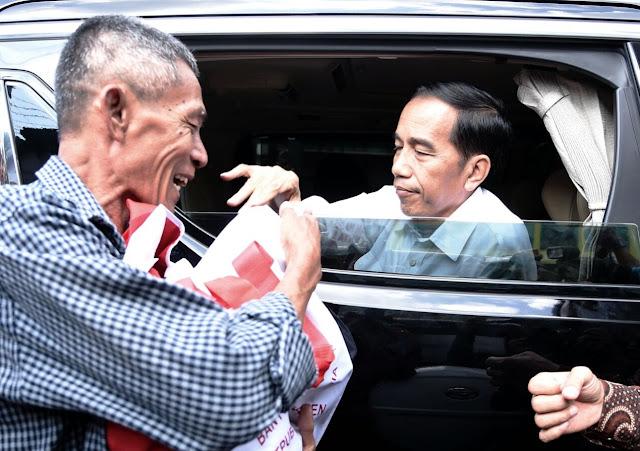 Jokowi Minta Aturan Berbelit Dipangkas demi Percepat Distribusi Bansos
