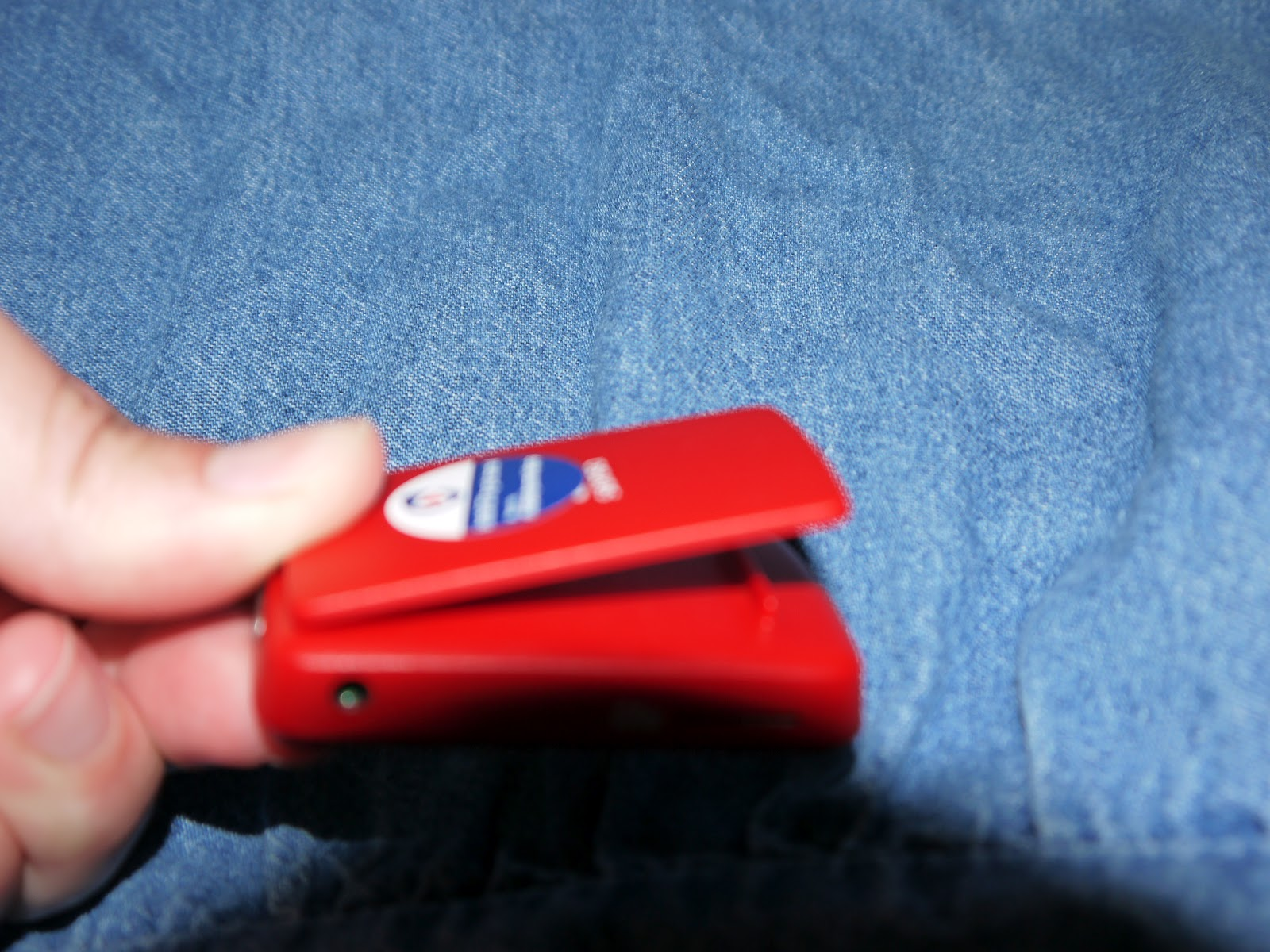 Hope's Cafe: Traveling Days-Sansa Clip Zip MP3 Player Review!!