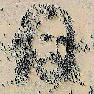 Bem-aventurados os famintos por justiça. Formação de pessoas desenha a face estilizada de Jesus Cristo.