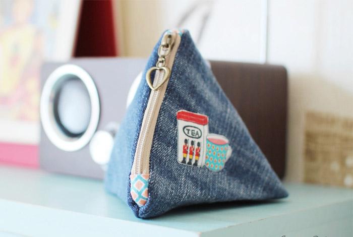 DIY Triangle Zipper Pouch Tutorial