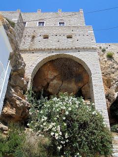 Ο Πύργος Ζευγώλη στην Απείρανθο