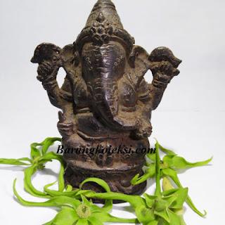 patung ganesha, harga patung ganesha, patung ganesha terindah, penempatan patung ganesha di rumah, fungsi patung ganesha di rumah, cara memuja dewa ganesha, sesajen untuk dewa ganesha, jual patung ganesha, dewa ganesha dalam kepercayaan hindu berkedudukan sebagai, pusaka bertuah, pusaka mistik, pusaka antik, benda mistik, benda bertuah, barang bertuah, barang mistik, barang koleksi, koleksi bertuah, koleksi mistik,