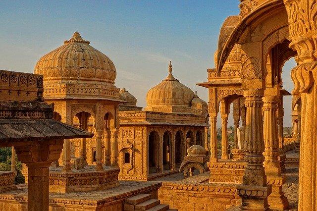 राम मंदिर की हुई शुरुआत पिलर हो गई तैयार Ram temple started 12 pillars ready