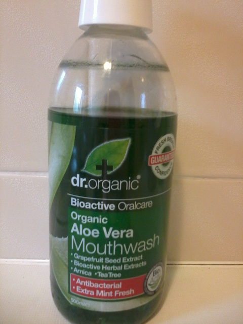 review dr organic aloe vera mouthwash sugarpuffish. Black Bedroom Furniture Sets. Home Design Ideas