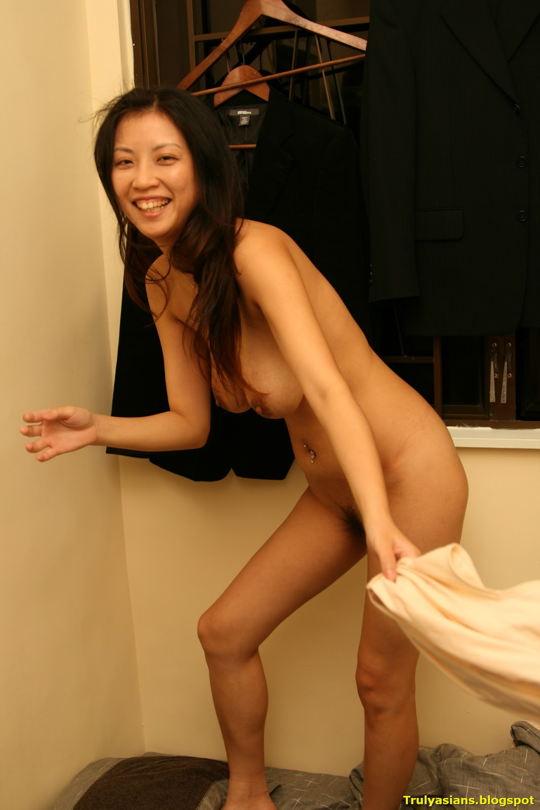 Nude girls chinese big