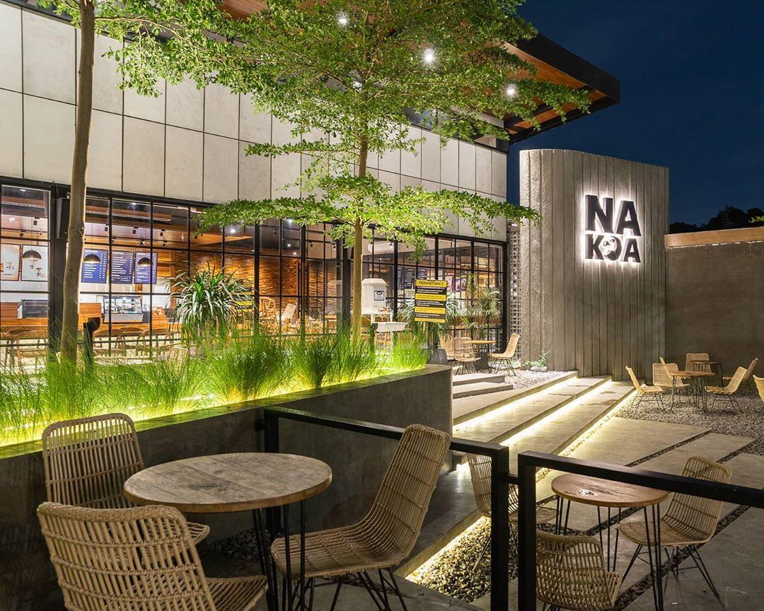 Nakoa Cafe Instagramable Malang Malam