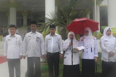 Diguyur Hujan Deras, ASN Kemenag Tanjungbalai Tetap Laksanakan Upacara HAB Kemenag Ke 74