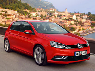 New 2017 Volkswagen Golf Eighth-Gen red color side look Hd Pictures