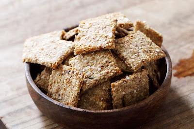 Rezept mit Anleitung für Sauerteig-Leftover-Cracker von LeLo www.machetwas.blogspot.com #madebylelo