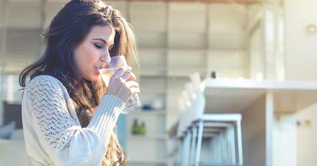شرب الماء البارد و أضراره