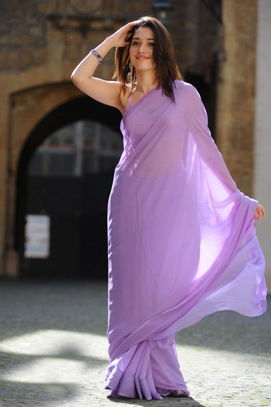 Tamanna Back: Tamanna Bhatia In Purple Backless Saree