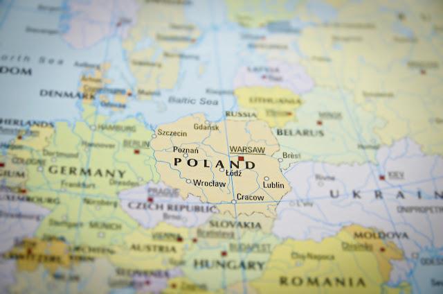Z dnia na dzień z Cebulą, czyli Polska oczami Polaka