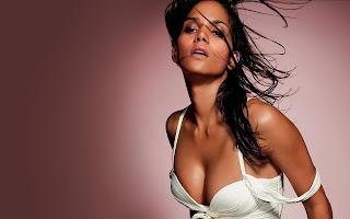 Beautiful actress Halle Berry