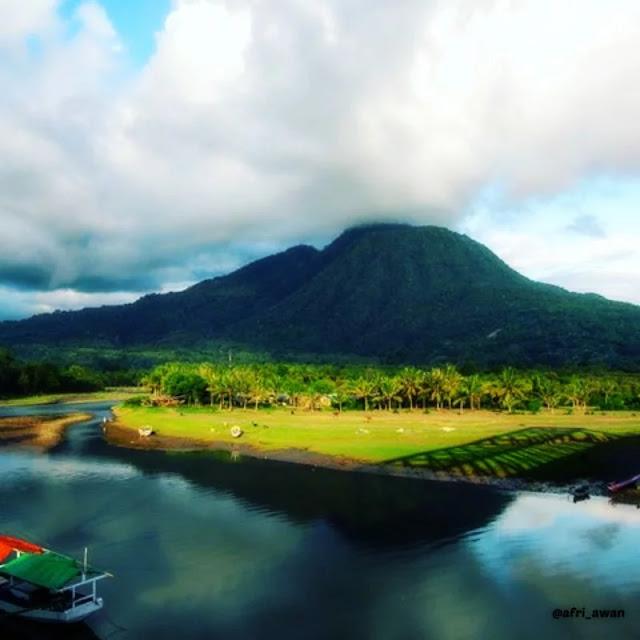 Wisata Gunung Poco Ndeki