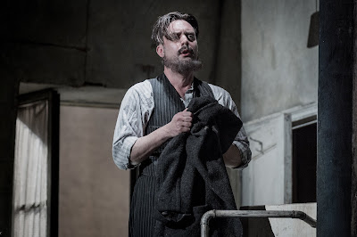 Puccini: La bohème - David Soar - English National Opera (Photo Robert Workman)