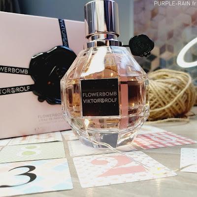 Parfum Notino FlowerBomb •• Viktor & Rolf
