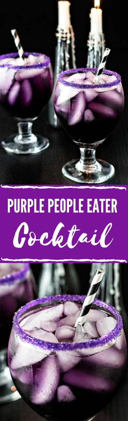PURPLE PEOPLE EATER COCKTAIL #drink #cocktail #purple #ice #margaritas