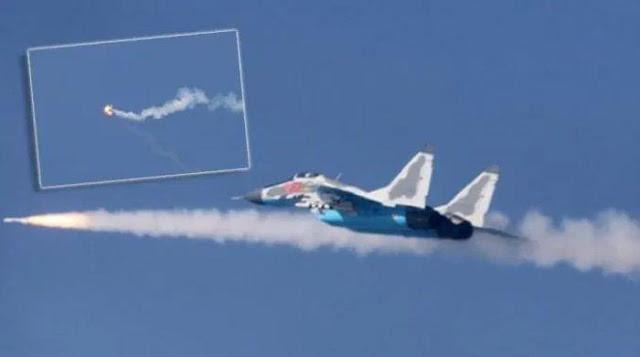 MiG-29 Korea Utara menembakkan rudal