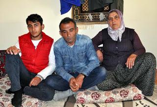 صحيفة تركية : تركي يتعرض للاحتيال على يد شابة سورية تزوجت منه ثم فرت بالذهب و المال و الملابس ! (صور) 11647045