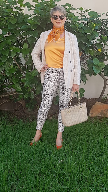 HOW I STYLED MY NEW SKIN-TIGHT CROP PANTS