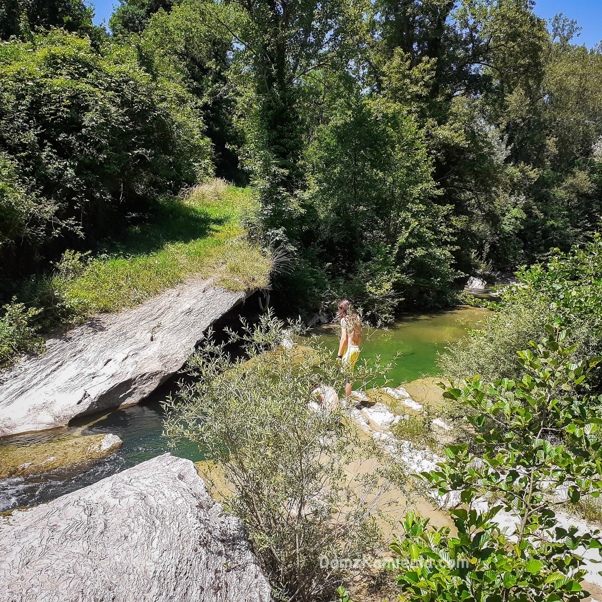Nad rzeką w Biforco - Dom z Kamienia blog