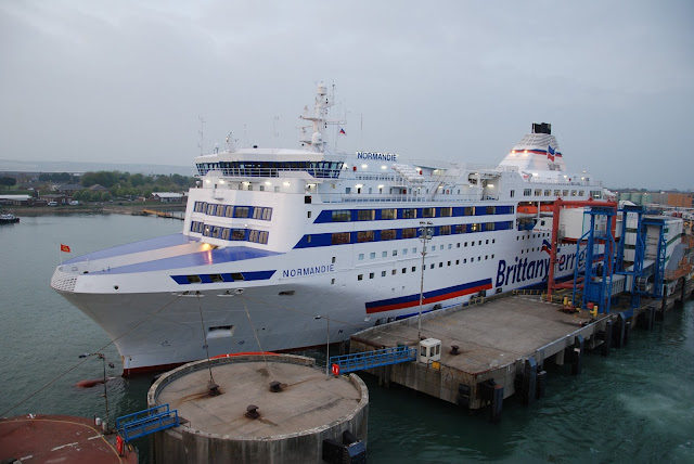vmf brittany ferries normandie at portsmouth. Black Bedroom Furniture Sets. Home Design Ideas