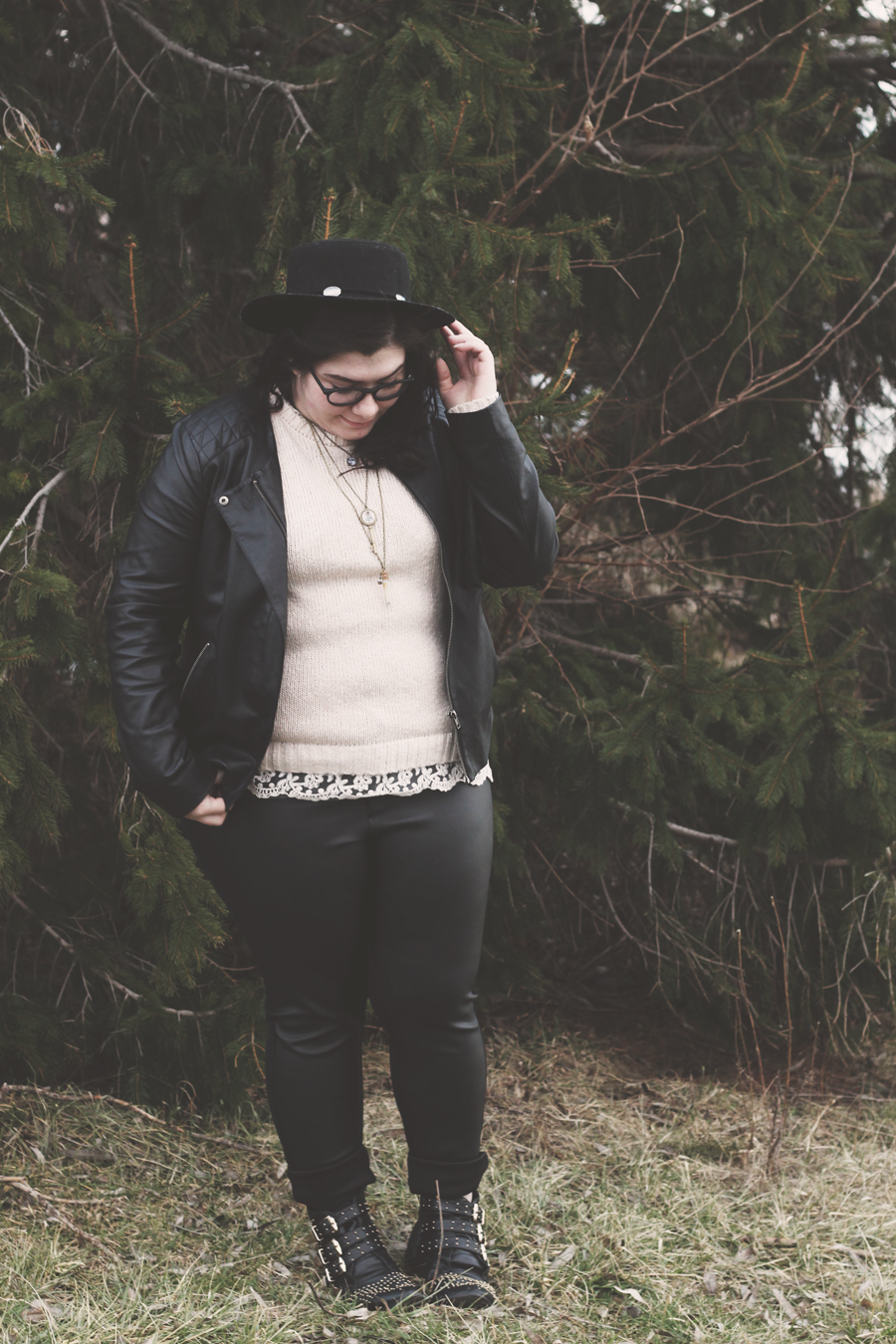Black Leather and Cream Sweater, a look on katielikeme.com fashon, style, outfit