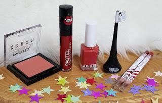pastel kozmetik ürünleri
