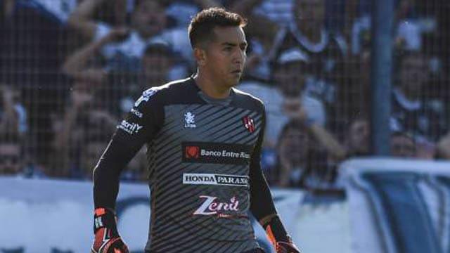 El arquero Matías Ibañez firmó su contrato con Racing hasta diciembre de 2021