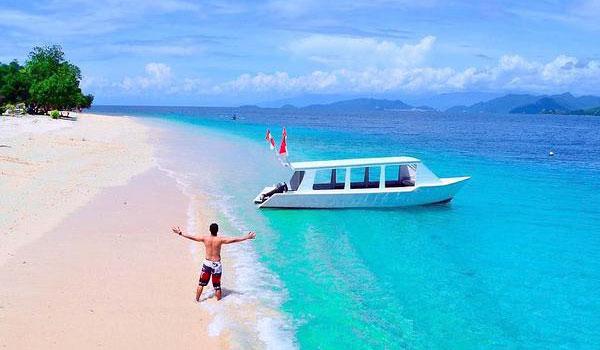 Pesisir Pantai Wisata Kepulauan Mandeh