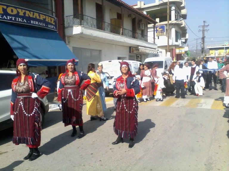 Η παρέλαση της 28ης Οκτωβρίου σε Καστέλλα και Ψαχνά (φωτό) 75061074 489547871769170 2511561892468621312 n
