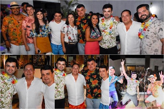 Ronaltty Neri celebra aniversário ao lado de familiares, amigos e cúpula PSDB no RN