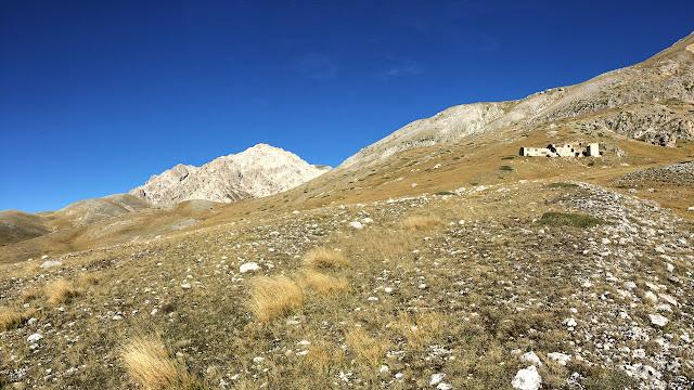 Monte Prena e miniera di bitume