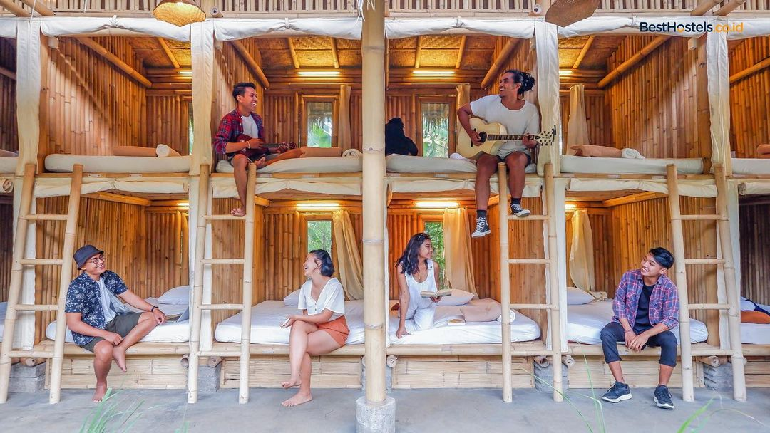 Dormitory room besthostels indonesia