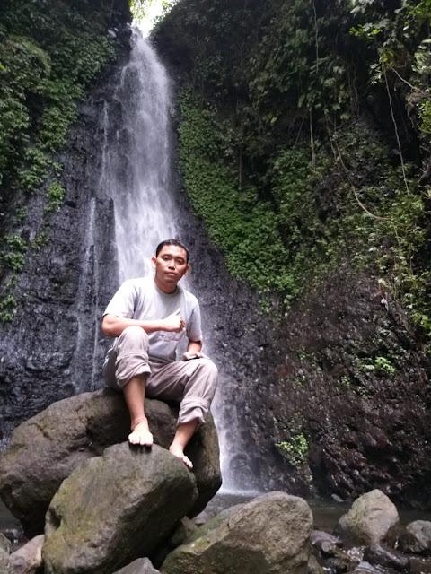 air-terjun-srambang-park,Menelusuri Srambang Park Sebagai Wonderful Indonesia Di Ngawi, tips datang ke srambang park ngawi, harga tiket masuk srambang park ngawi, alamat srambang ngawi, lokasi srambang ngawi