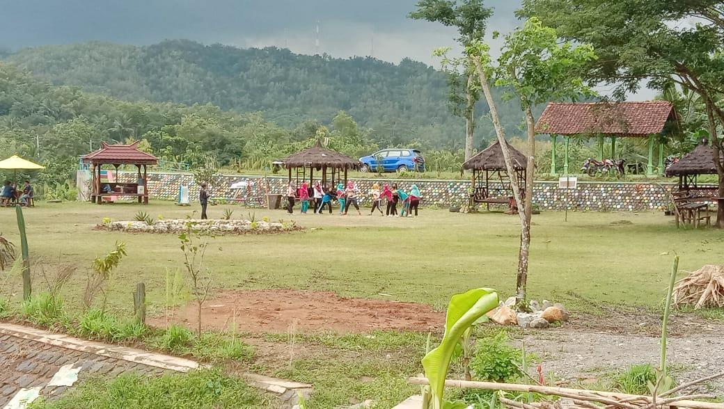 Menikmati Eksotisme Sungai Lukulo di Taman Bale Malang
