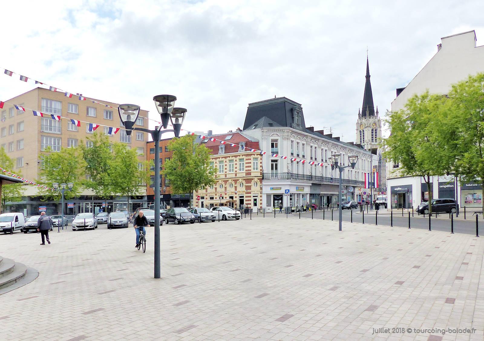 Bar La Petite Industrie - Place Hassebroucq, Tourcoing.