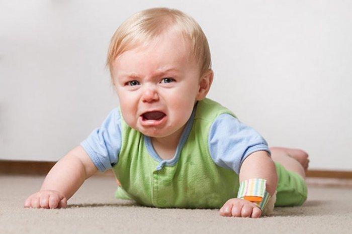 بكاء الطفل... كيف يتعامل الأهل معه؟