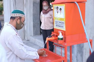Ning Ita Bagikan Ratusan Alat CTPS Pedal untuk Masjid dan Pondok Pesantren