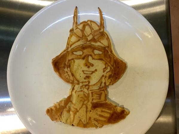 18-KimochiSenpai-Food-Art-in-WIP-Portrait-Pancakes-www-designstack-co