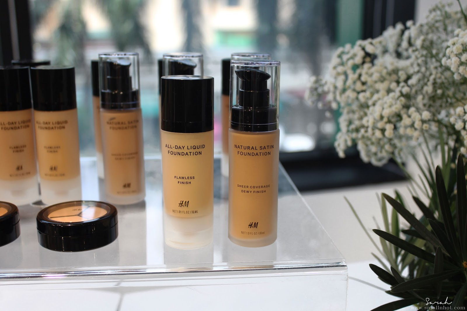 Top 5 must try hm beauty cosmetics skincare bodycare beauty hm beauty natural satin foundation rm 7490 this dewy and sheer formula will give you the ideal no makeup makeup look while still looking luminous solutioingenieria Images