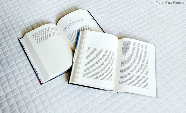 Livros abertos representando o Quinhentismo no Brasil