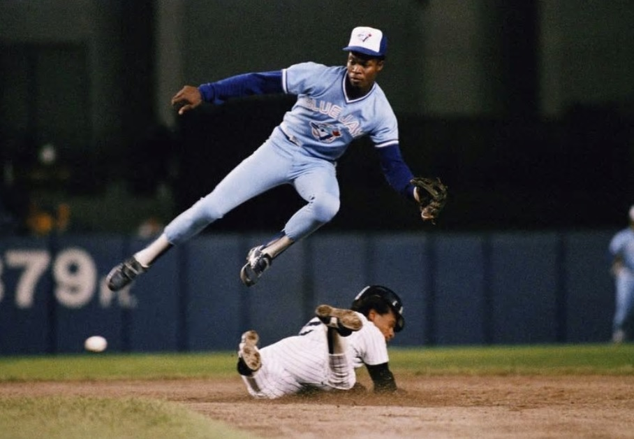 Former Blue Jays shortstop Fernandez dead at 57