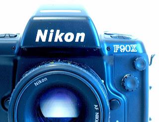 Nikon F90X, AF Nikkor