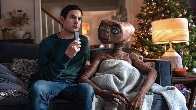 Eliot e ET no comercial da NBC e Xfinity/Divulgação