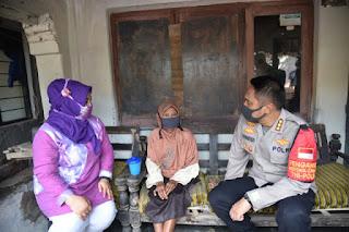 Bhakti Sosial Polresta Cirebon ke Lembur Tohaga Lodaya Sangkan di Desa Pesanggrahan Cirebon